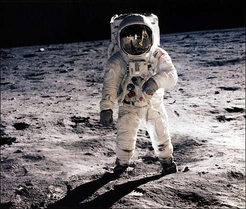 lunar gravity in space - photo #15