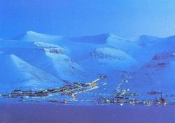 The town of Longyearbyen.
