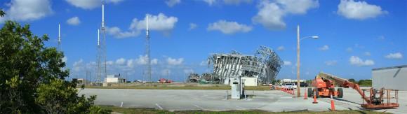 Debris of the launch gantry (Chris Miller/Spaceflight Now)