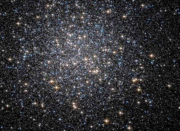 The heart of Hercules Globular Cluster; Credit: ESA/Hubble and NASA