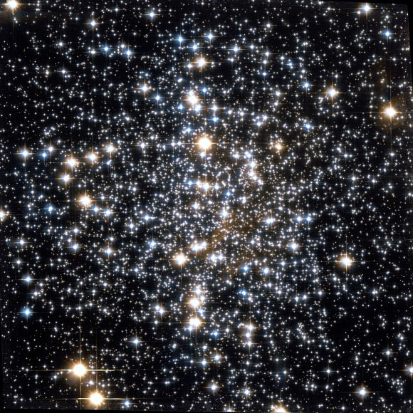 Messier 4 globular cluster by Hubble Space Telescope. Credit: NASA, STScI, WikiSky