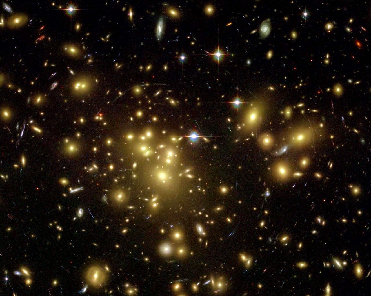 Яка будова Всесвіту: Групи, скупчення та суперскупчення галактик і темна матерія