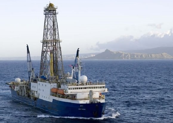 The scientific drilling ship JOIDES Resolution in 2009. Credit: William Crawford/IODP/TAMU