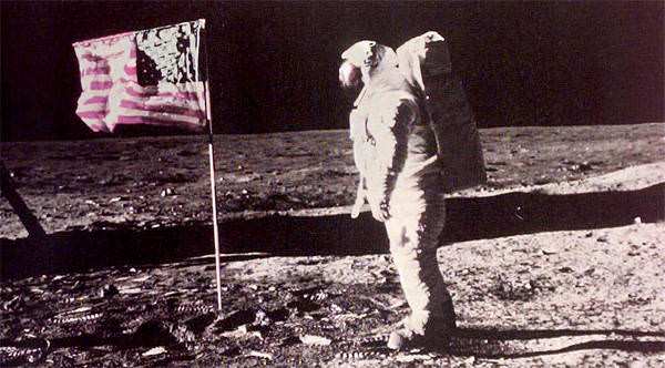 moon landing neil armstrong. Neil Armstrong on the Moon in