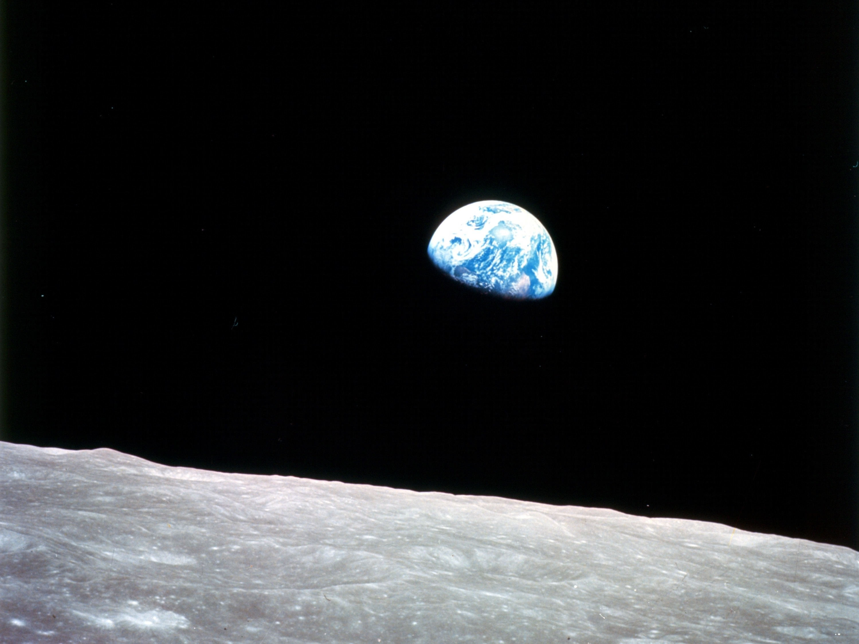 "See the Apollo 8 ""Earthrise"" in a Whole New Way - Universe ..."