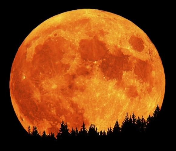 "A full moon in October is known as a ""Hunters Moon"". Credit: David Haworth/stargazing.net"