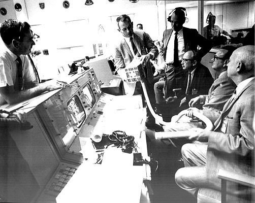 the race to save apollo 13 answers