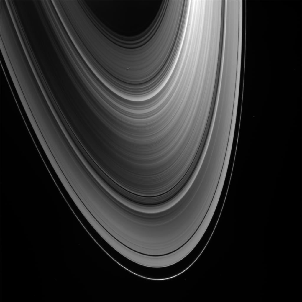 Raw image of Saturn's rings. Credit: NASA/JPL/Space Science Institute