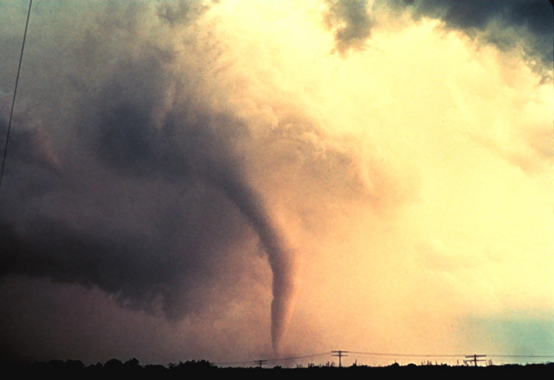Tornado at Union City, Oklahoma Credit: NOAA Photo Library