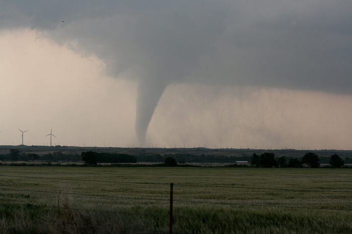 how do tornadoes form? - universe today