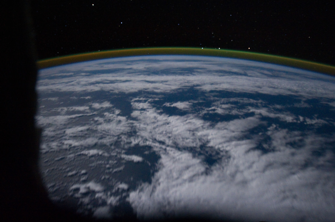 Recent photo from the ISS showing the airglow layer