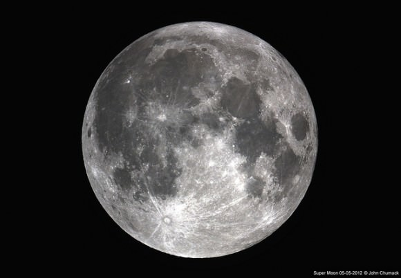 supermoon chumack 580x402 - Largest moon _ 6 th May 2012 - Awesome photos around the world
