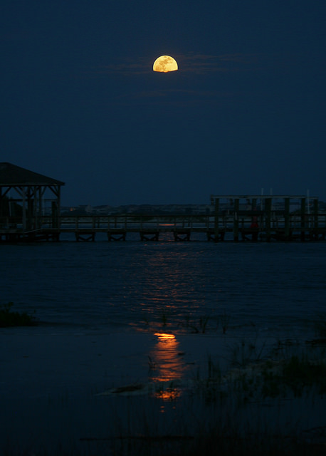 supermoon tavi - Largest moon _ 6 th May 2012 - Awesome photos around the world