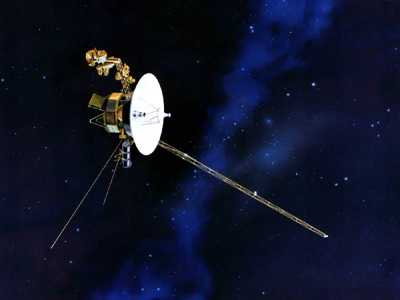 Voyager 2 Went Into Fault Protection Mode, But Engineers Brought it Back Online - Universe Today