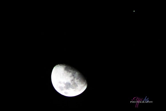 Moon/Jupiter Conjunction - 21st January 2013. Canon EOS Rebel T3, f5.6, 1/4000 sec. ISO 6400, 300mm. Credit and copyright: Apple Lily.