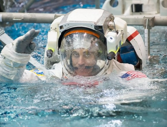 Astronaut Salary - Universe Today