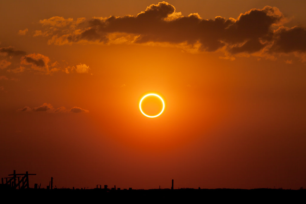 A perfect ring of fire captured by Kevin Baird on May 20th, 2012 from Bluit New Mexico. (Credit: Kevin Baird/Universe Today flickr Group).