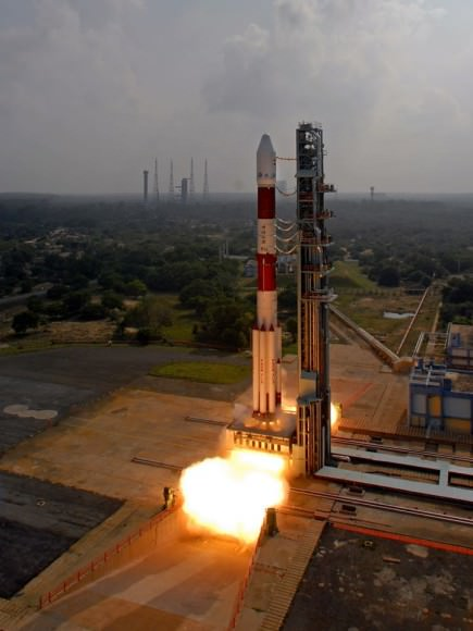 Surreal view of 'T zero' Launch of India's Mars Orbiter Mission (MOM) on Nov. 5, 2013. Credit: ISRO