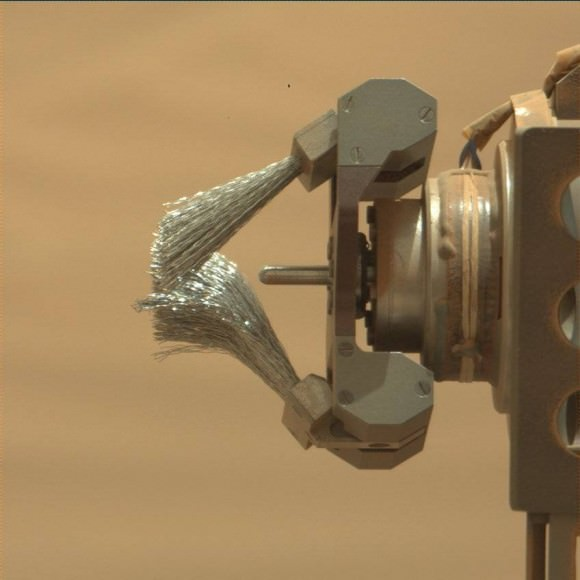 Close-up of a brush instrument on the Mars Curiosity rover on Oct. 3 (Sol 767). Credit: NASA/JPL-Caltech/MSSS