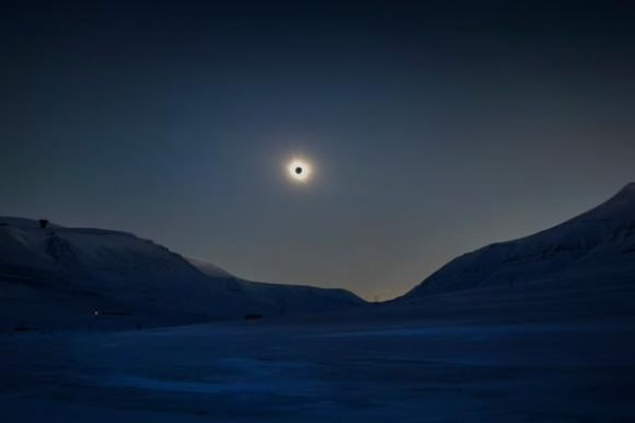 Totality from a balloon (!) over Svalbard. Courtesy and Credit: zero2infinity.