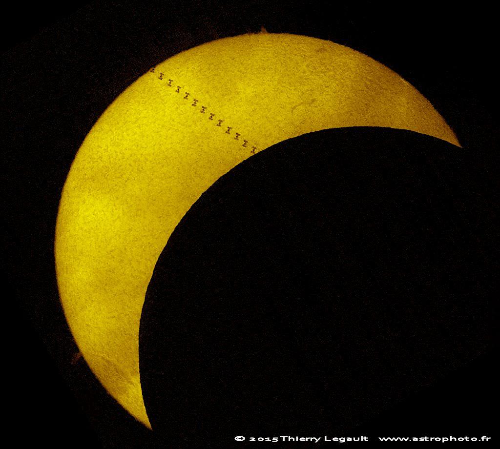 lunar eclipse space station - photo #15