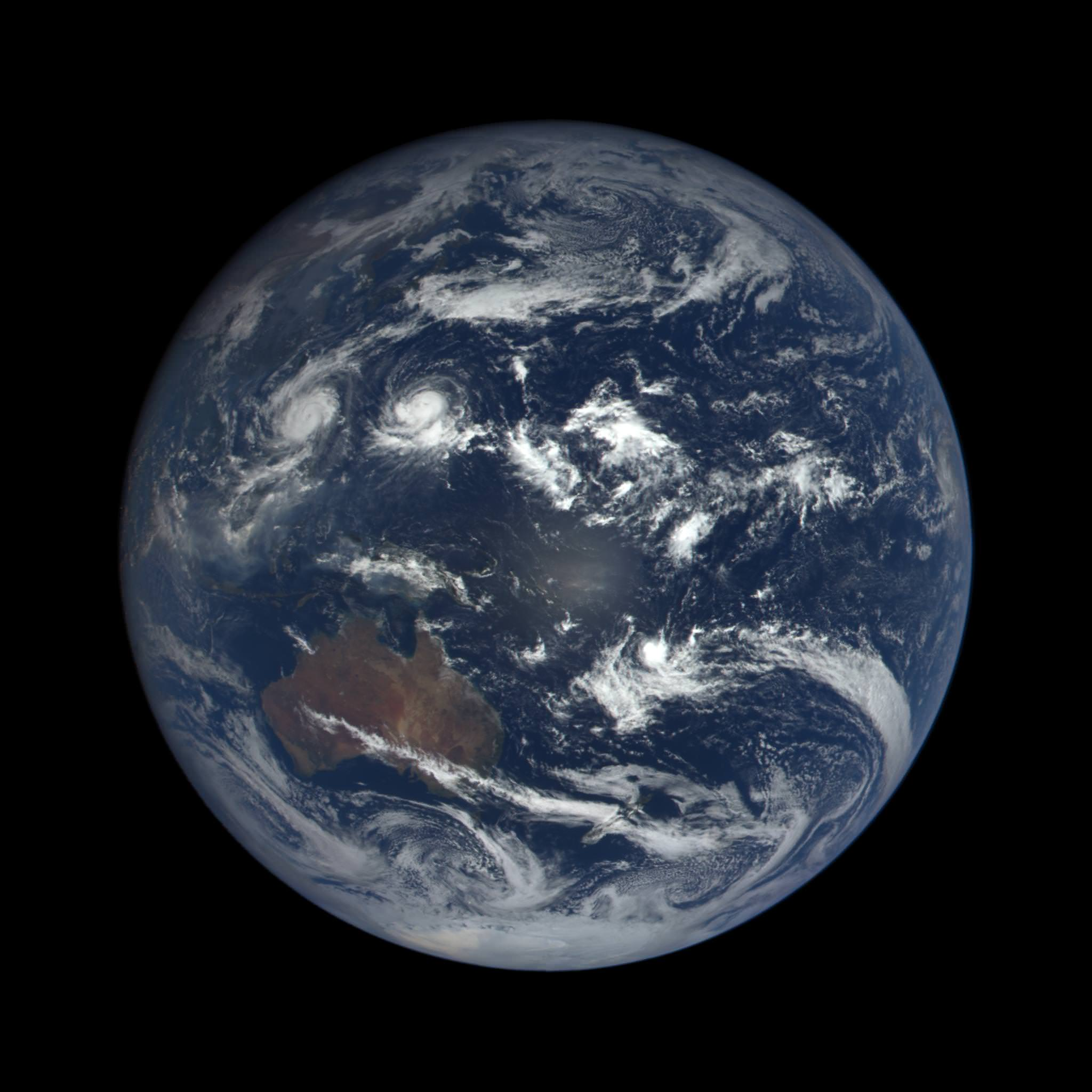 See Epic Views Of Rotating Earth Daily From Nasa S New