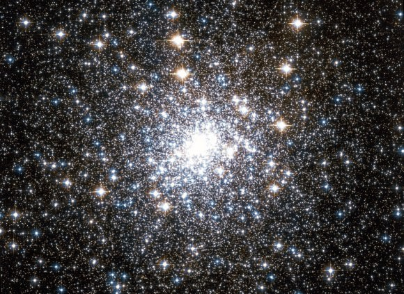 Messier 30, imaged by the Hubble Telescope. Credit: NASA/Wikisky