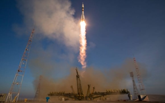 The Soyuz TMA-19M rocket is launched with the Expedition 46 crew of Yuri Malenchenko of the Russian Federal Space Agency (Roscosmos), Flight Engineer Tim Kopra of NASA, and Flight Engineer Tim Peake of ESA (European Space Agency), on Tuesday, Dec. 15, 2015 at the Baikonur Cosmodrome in Kazakhstan.  Credit: NASA/Joel Kowsky