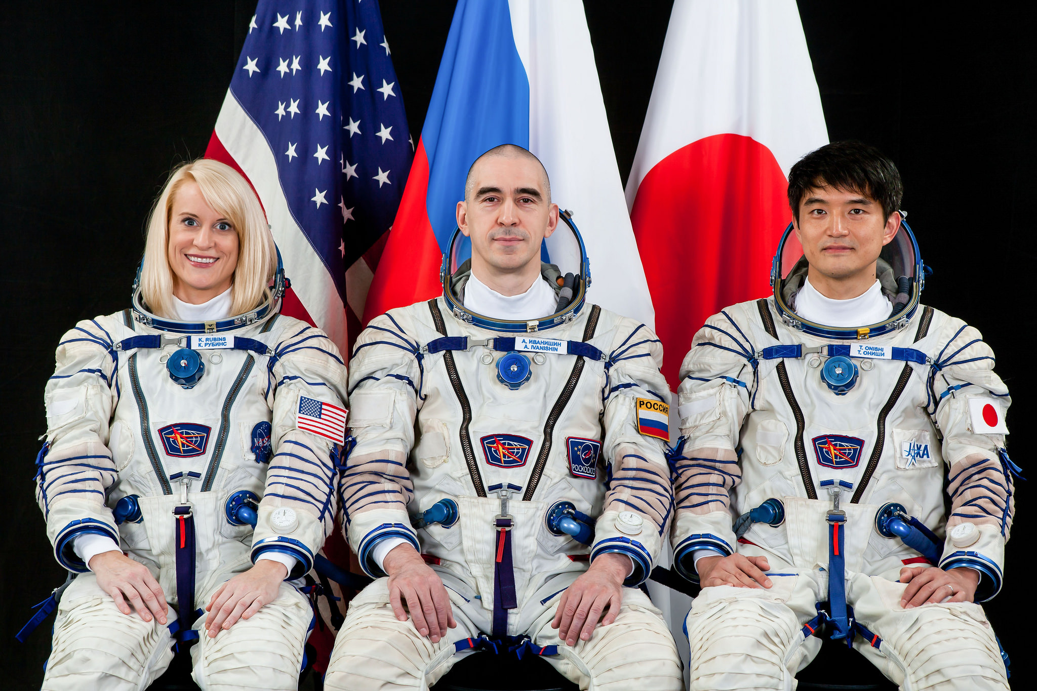 International Space Station Expedition 48/49 astronaut Kate Rubins of NASA, Russian cosmonaut Anatoly Ivanishin and Japan Aerospace Exploration Agency (JAXA) astronaut Takuya Onishi.  Credits: NASA
