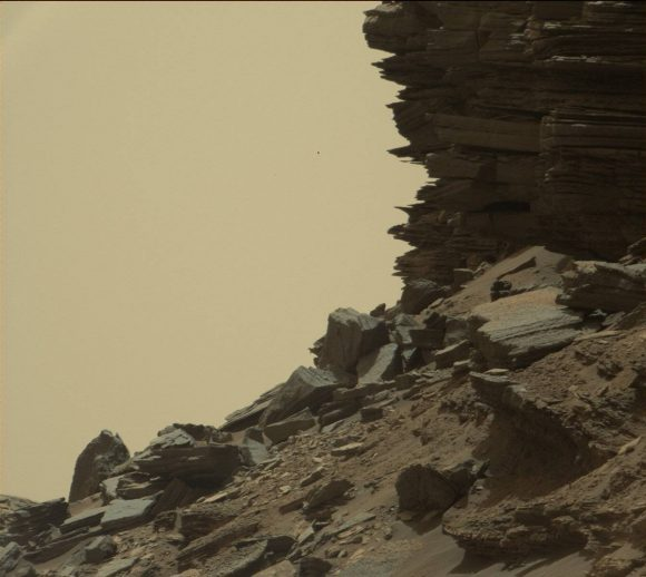 Mars_curiosity_terrain4-1-580x518 - Stunning New Images of Mars - Science and Research