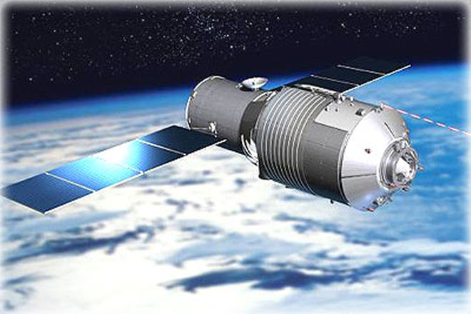 China's defunct space lab hurtling towards Earth for re-entry