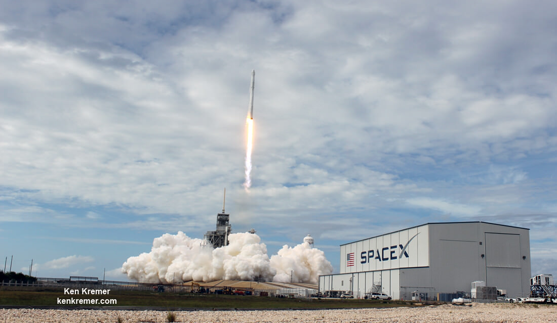 SpaceX kicks off rocket launch double feature