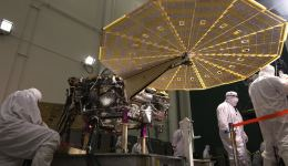 The Insight lander responds to commands to spread its solar arrays during a January 23, 2018 test at the Lockheed Martin clean room in Littleton, Colorado. Image: Lockheed Martin Space