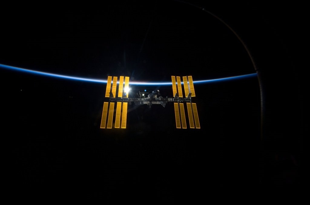 The Oxygen Supply has Failed in the Russian Zvezda Module of the ISS. Don't Worry, the Astronauts aren't in Danger, but the Station is Showing its Age