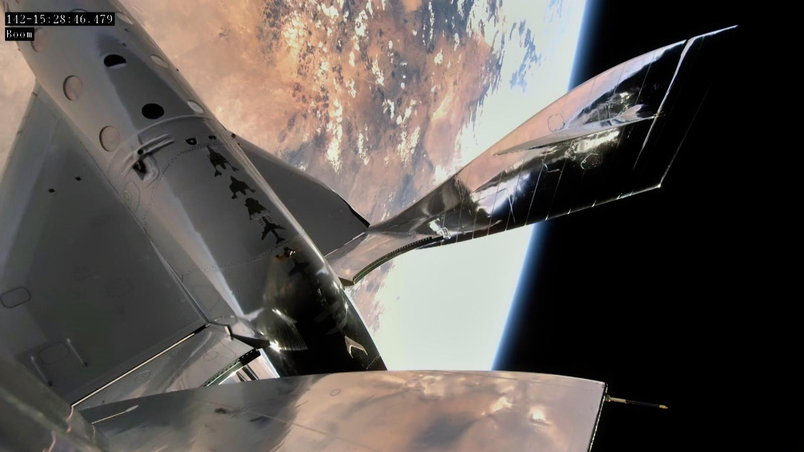 SpaceShipTwo over New Mexico